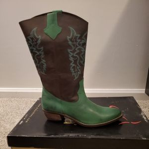 Diba Parkstop Cowgirl Boots